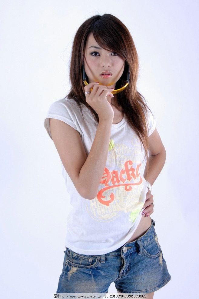 清纯美女 气质美女 可爱美女 青春靓丽 长发美女 白色t恤 高清美女