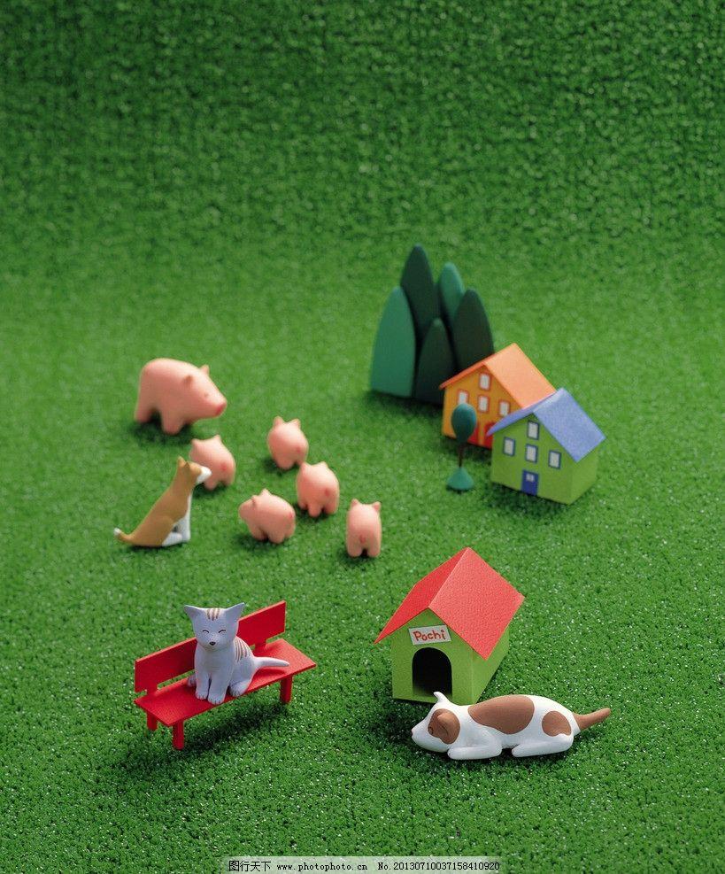 泥偶家族 泥偶家族图片素材下载 泥偶家族素材 小动物 猫狗 可爱的猪