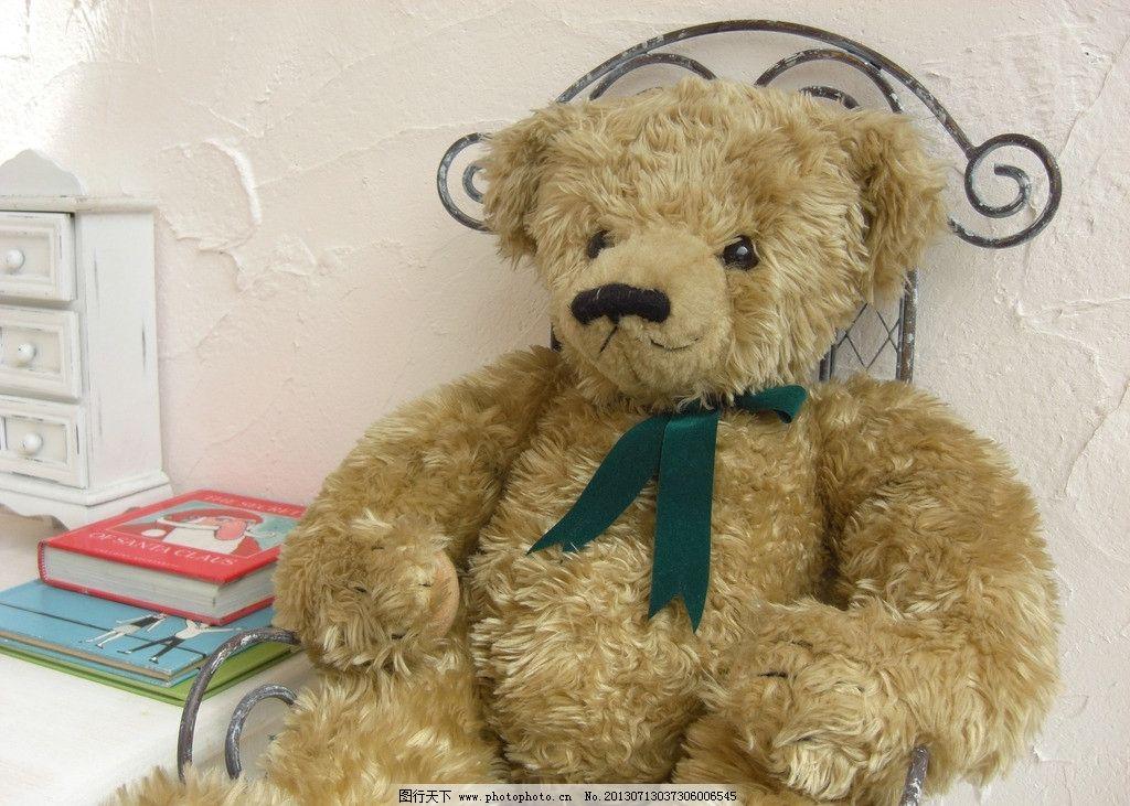 毛绒玩具小熊 可爱 毛茸茸 玩具 小熊 特写      家居生活 生活百科