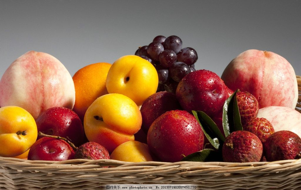 水果 果实 绿色食品 杏子 食物 桃子 葡萄 荔枝 摄影