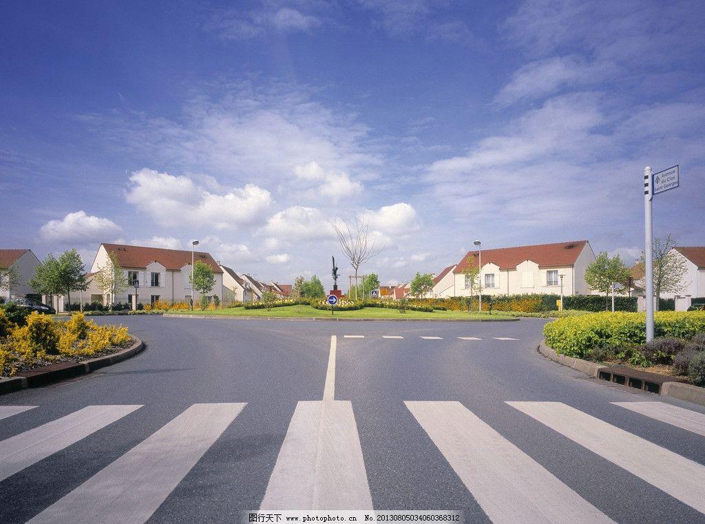 午后马路 人行道 马路 蓝天 房屋 欧式 国外旅游 旅游摄影 摄影 jpg
