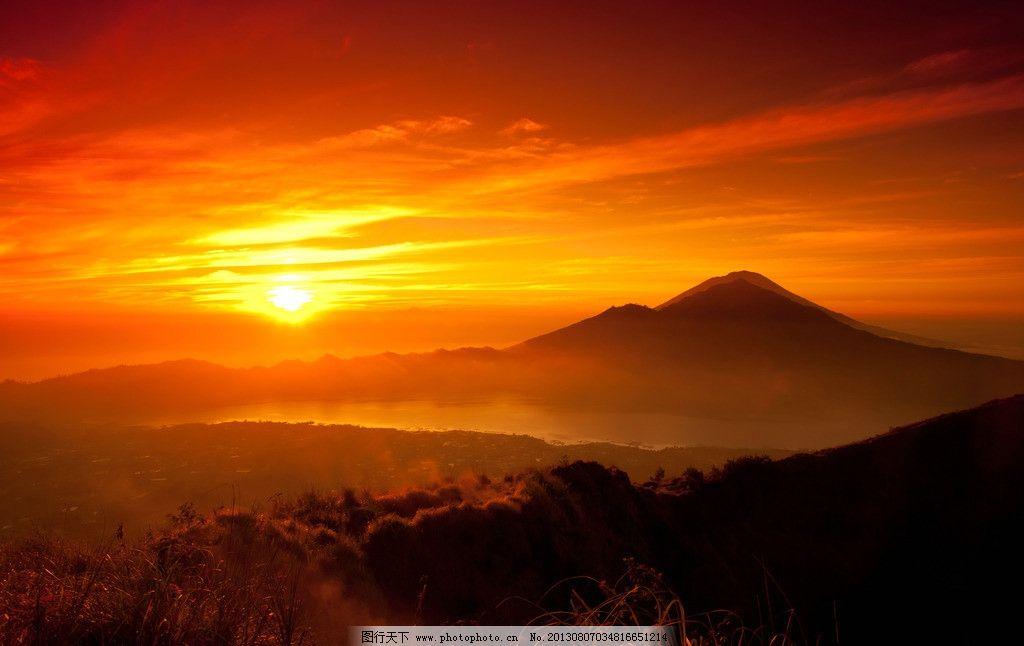高山 夕阳图片