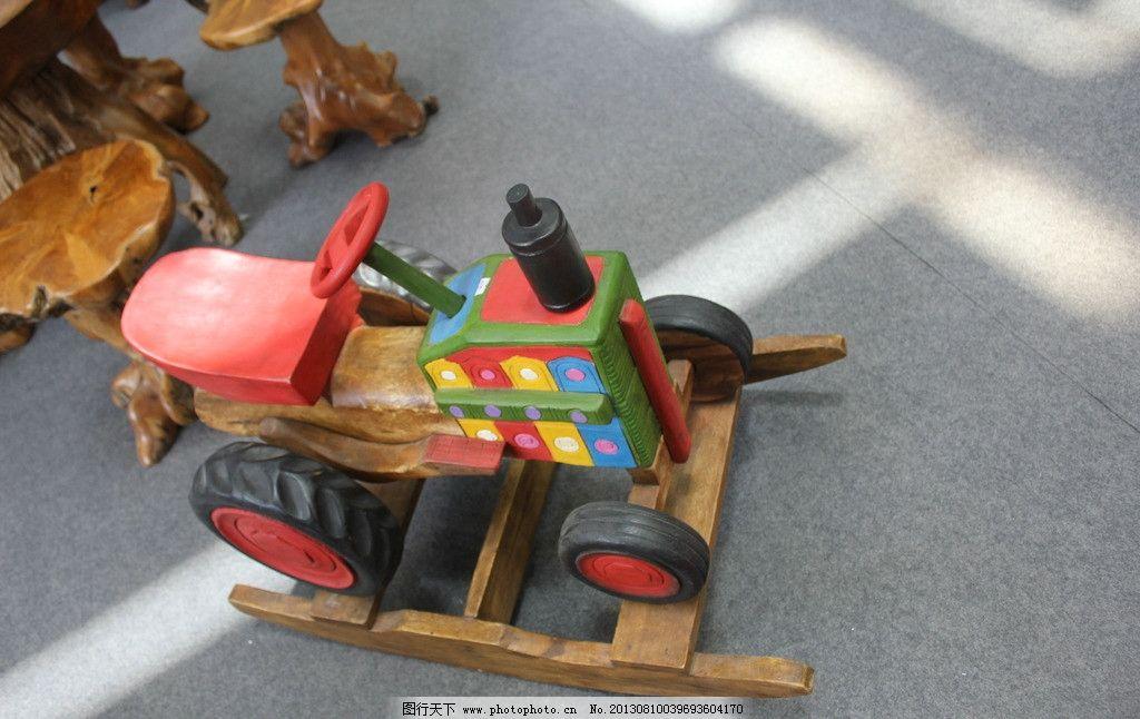 木雕玩具车图片