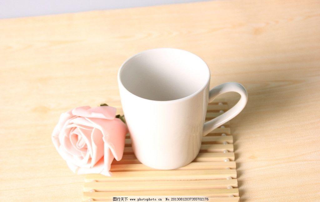 酒杯玫瑰花折法详细图解