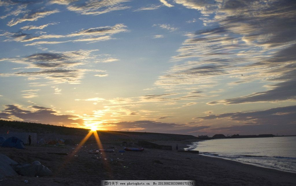 海边日出 大海 日出 朝霞 海中倒影 日光 太阳 云彩 天空 国内旅游 旅