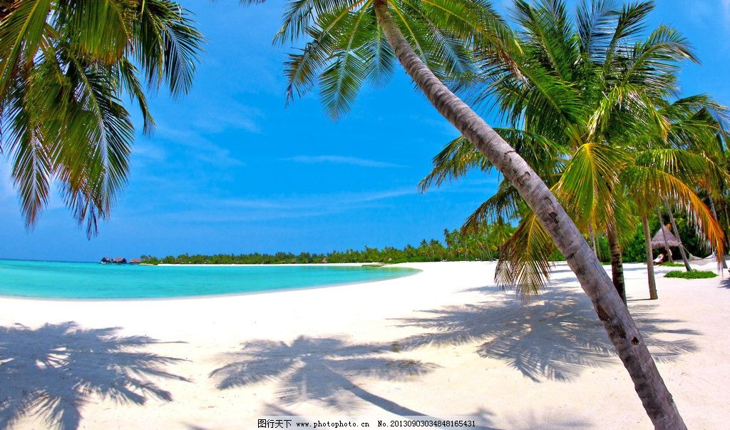 海滩 蓝天 白云 椰子树 唯美 海岛 岛屿 小岛 天堂 度假村
