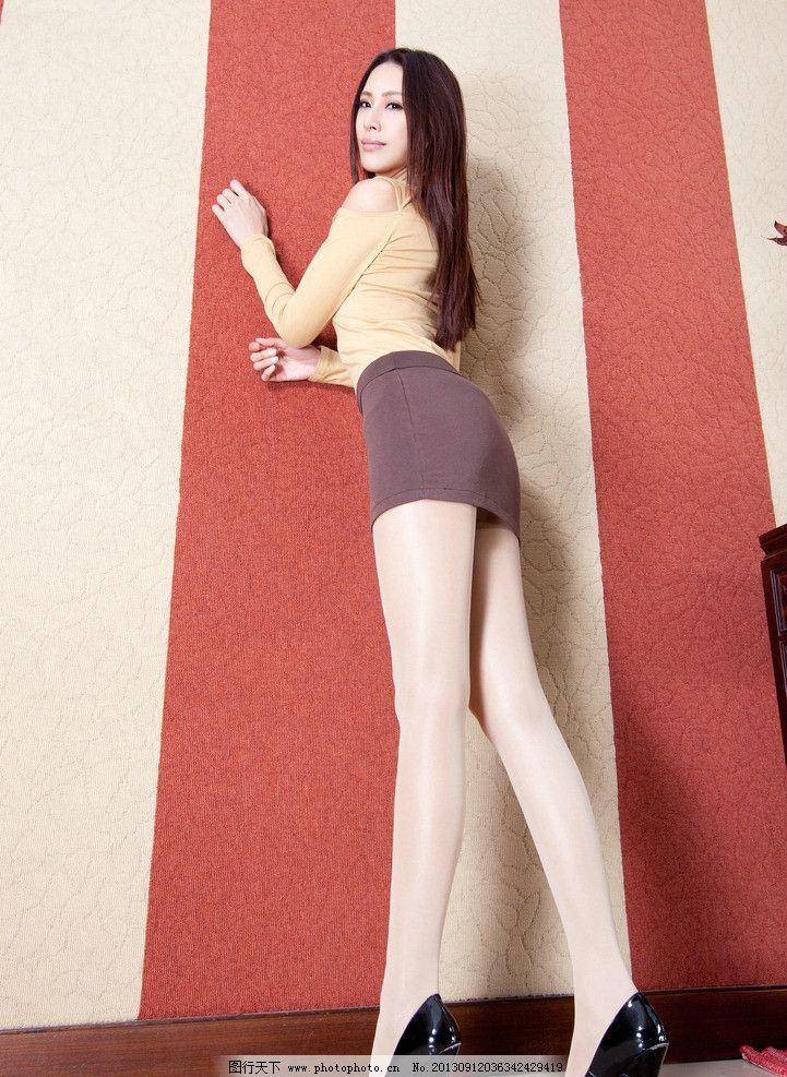 美女 美女图片素材下载 古典美女 古装 旗袍 抱枕 枕头 沙发