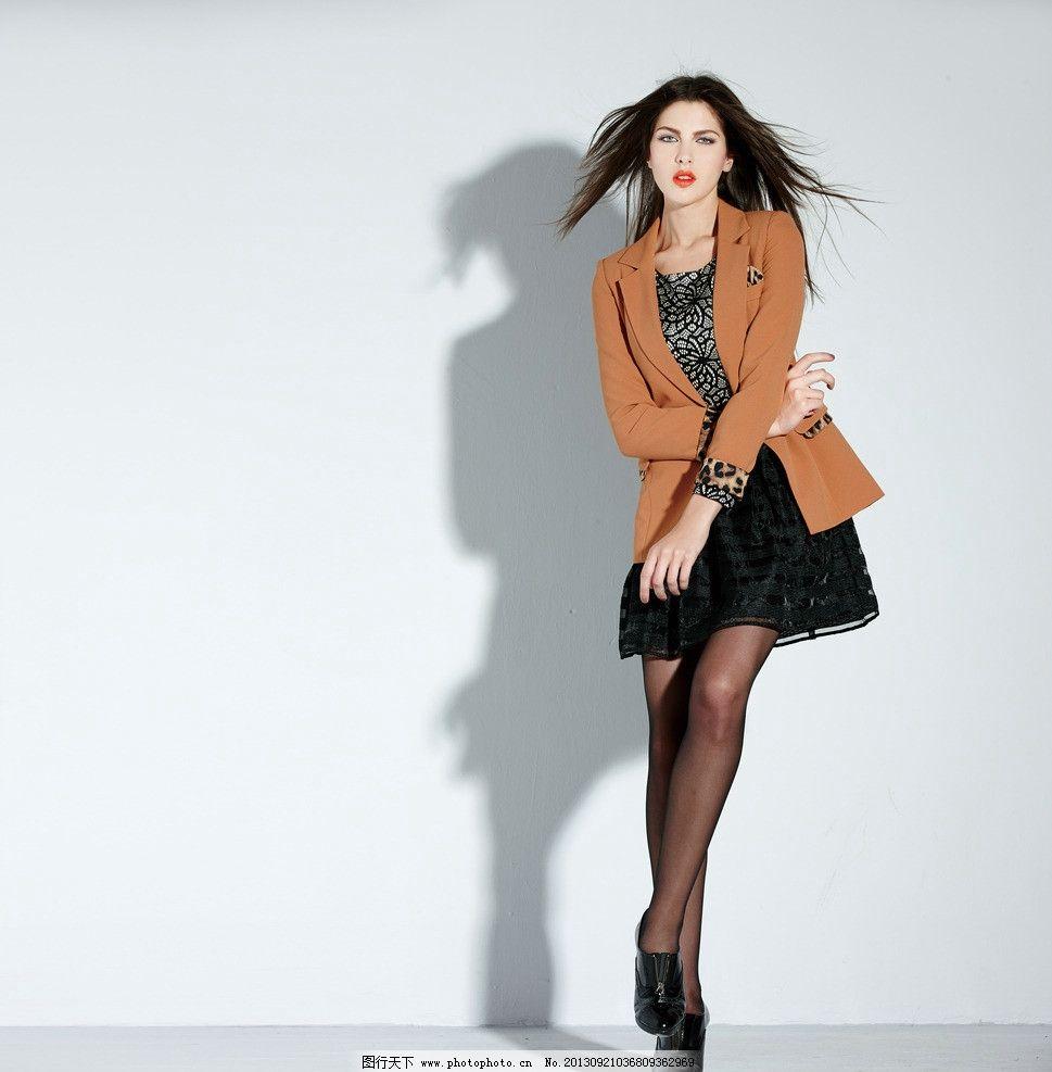 服装 外国美女 时尚秀 女装图片素材下载 服饰 女性 女人 时装模