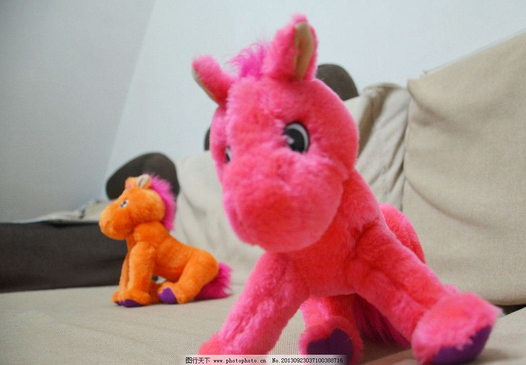 小红马 毛绒玩具 玩具 可爱 小马 毛绒马 小动物 卡通 卡通动物 娱乐